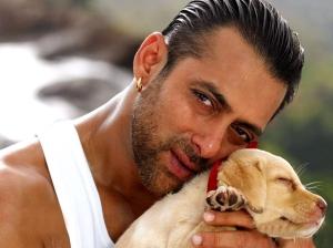 salman-khan-with-dog-beautiful-image-2012
